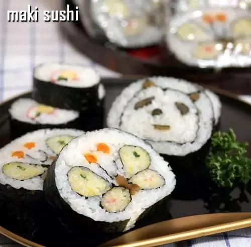 มากิซูชิ (Maki Sushi)