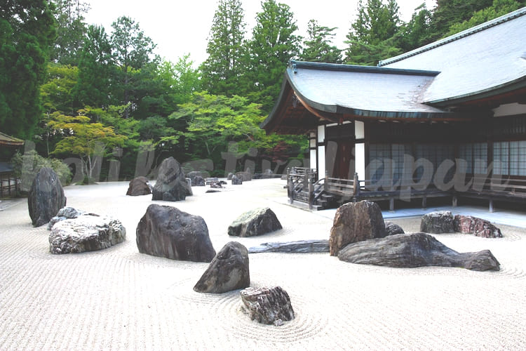 what is a zen garden - สวนเซ็นญี่ปุ่น